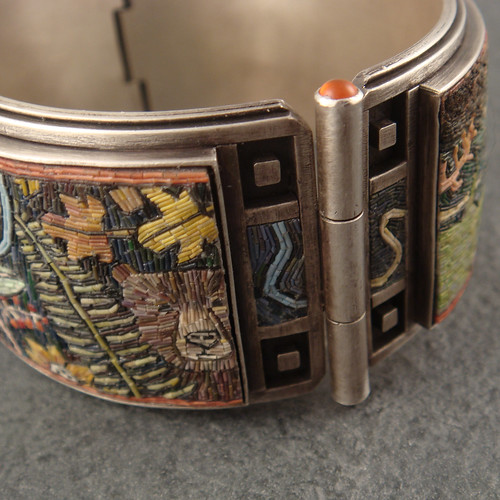 micromosaic bangle-- hinge detail