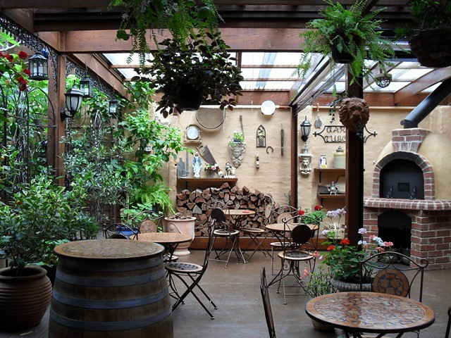 Garden Tuscany Cafe And Restaurant Outdoor Dining