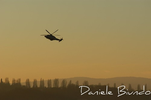 Elicottero al tramonto. Elicopter at sunset