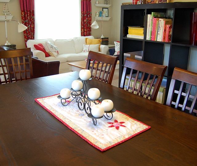 Dining Room Table Runner: Dining Room Table Runner