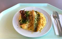 Pikeperch on cream sauerkraut with mashed potatoes…
