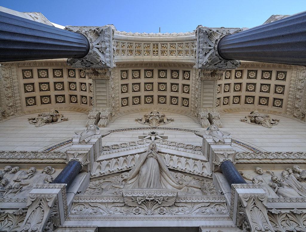 Basiliek Notre-Dame de Fourvière, Lyon France by SanShoot, on Flickr. Fuente