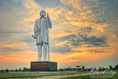 park sky sculpture orange history statue clouds sunrise memorial texas tx historic 20 freeport pioneer sculpter danbury hdr texan sweeny lakejackson davidaddickes bigsteve angleton stephenfaustin photomatix texian westcolumbia brazoriacounty clute fatheroftexas top20texas bestoftexas highway288 bluecityphotography bluecityphotographycom