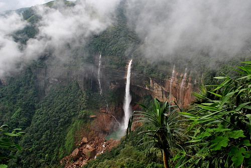 Nohkalikai vízesés / waterfall, Meghalaya, India