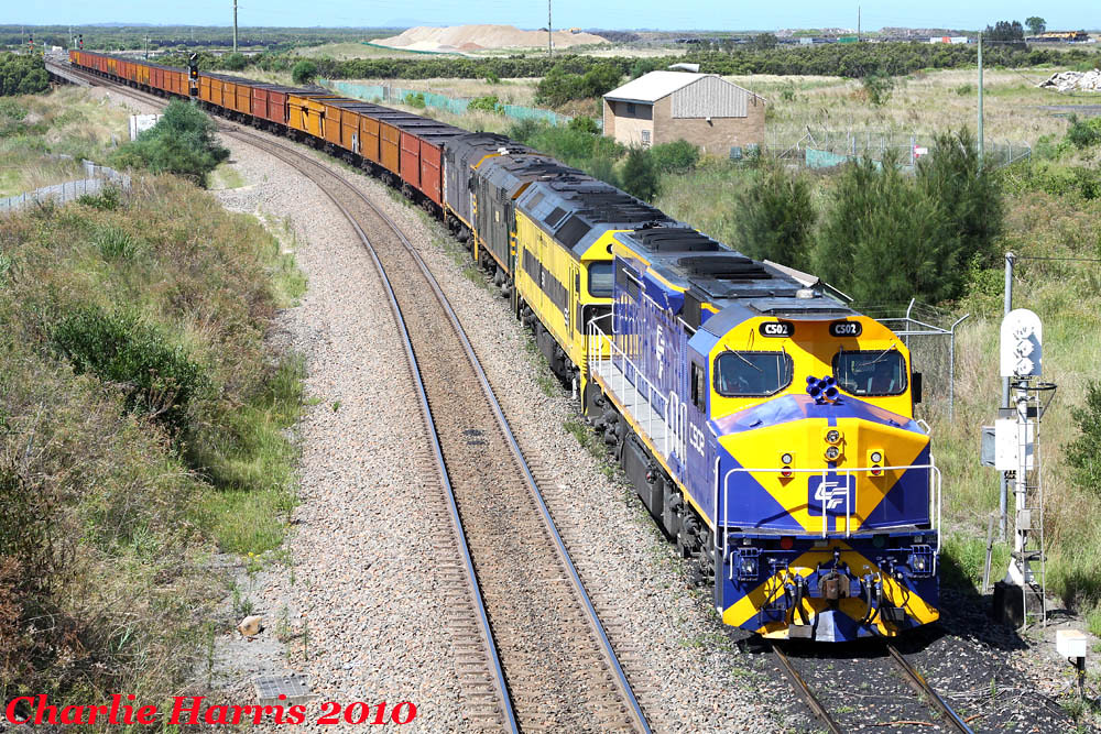 CFCLA C502 G511 44206 44204 on # 55mm Kooragang Jct on Monday 13-12-2010 by Charlie Harris