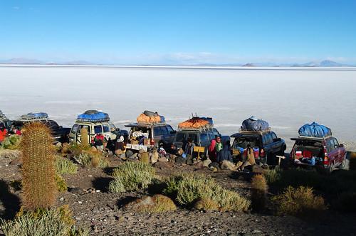 white breakfast salt bolivia landcruiser plain salar wasteland uyuni whiteness salardeuyuni toyta
