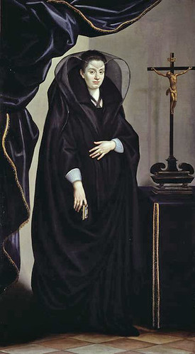 Bianca was the premier goth trendsetter of her day.
