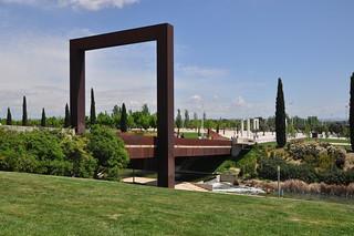 http://hojeconhecemos.blogspot.com.es/2010/10/do-parque-juan-carlos-i-madrid-espanha.html