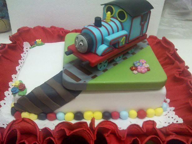 Torta Tren Tomas