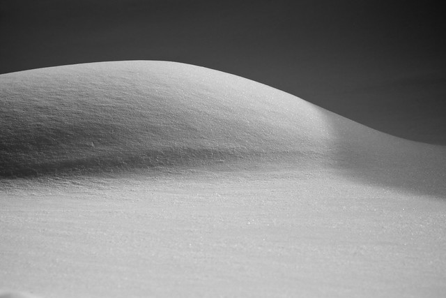 Photo:Cold Curves By:jasohill