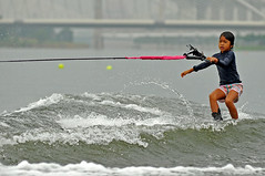 kite sports(0.0), sailing(0.0), wind(0.0), boating(0.0), slalom skiing(0.0), windsurfing(0.0), kitesurfing(0.0), paddle(0.0), surface water sports(1.0), waterskiing(1.0), boardsport(1.0), sports(1.0), wind wave(1.0), extreme sport(1.0), wave(1.0), water sport(1.0),