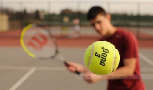 Racquet Bokeh