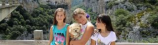 En Navarra hay muchas facilidades para viajar con las mascotas. En la foto, la Foz de Arbaiun.
