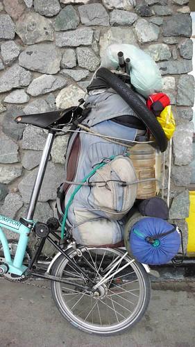 Combien pèsent vos bagages quand vous partez en rando ou voyage en b ? 5248428693_fc39d609e6