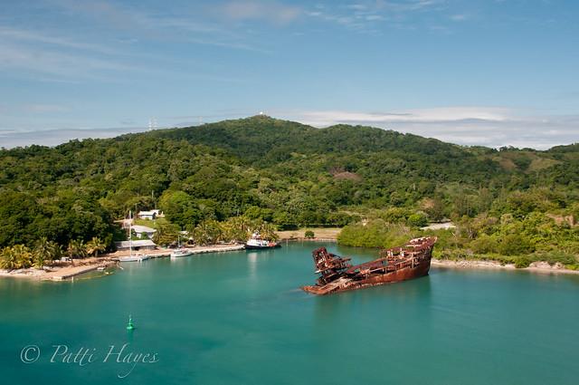 Shipwreck ~ Roatán