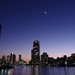 夕暮れに輝く三日月と、隅田川 The Crescent Moon and the Sumida River in the twilight