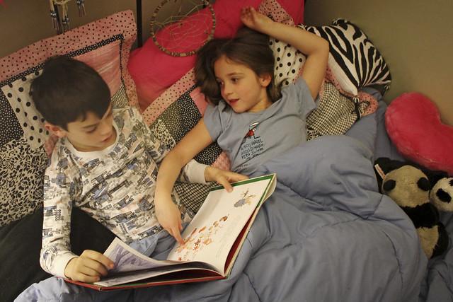 Faire la lecture aux enfants est meilleur pour leur cerveau