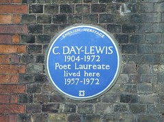 Photo of Cecil Day Lewis blue plaque