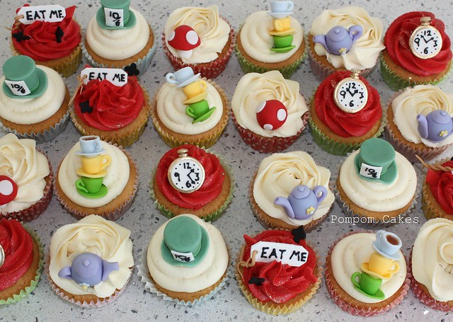 mad hatter cupcakes - photo #11