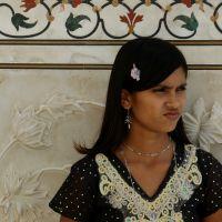 Huszár Orsolya: elKÉPesztő India