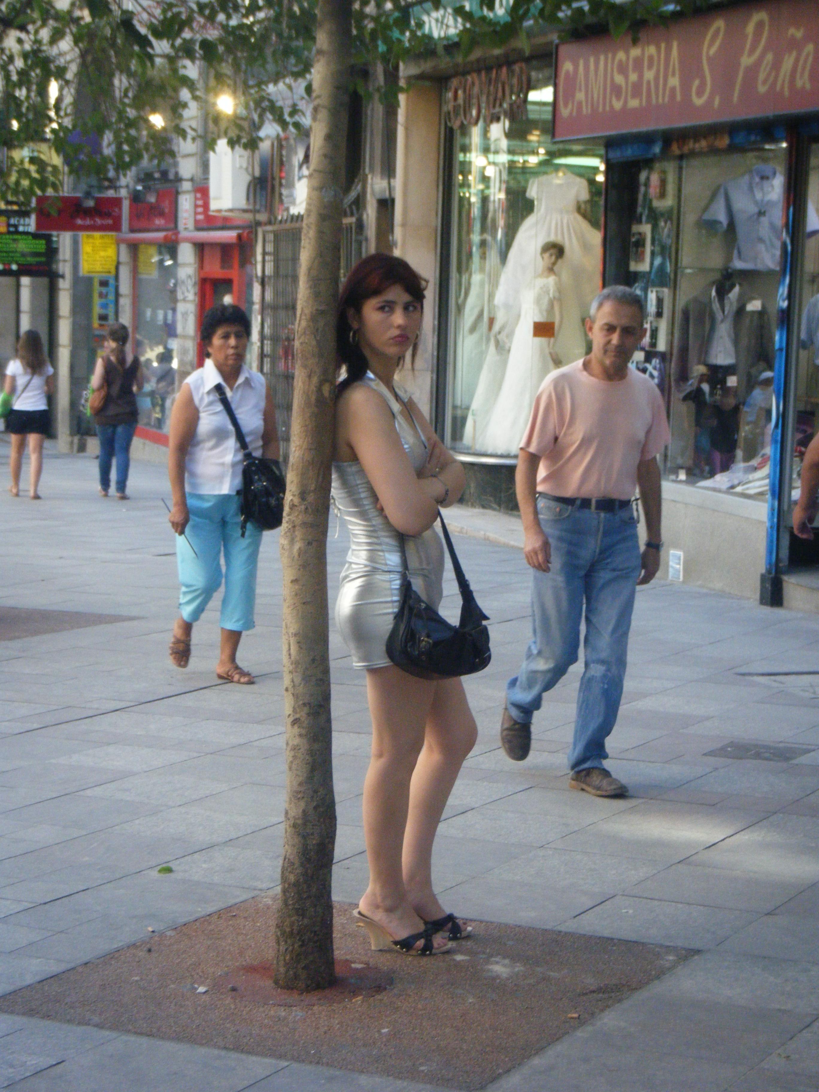 lesbianas prostitutas madrid raval barcelona prostitutas