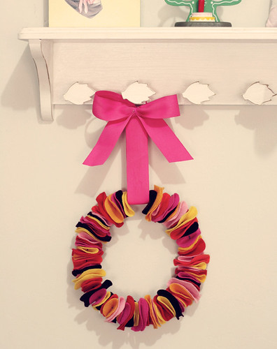 DIY girly wreath