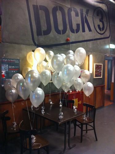 Tafeldecoratie 3ballonnen Dock3 Hendrik Ido Ambacht
