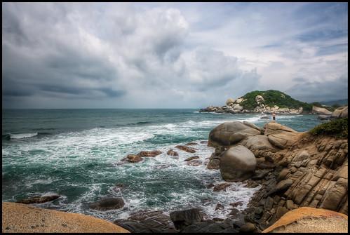 ocean water rock clouds landscape colombia santamarta hdr 2010 noiseware photomatix canon30d nikcolorefex parquetayrona imagenomic detailsenhancer platinumheartaward