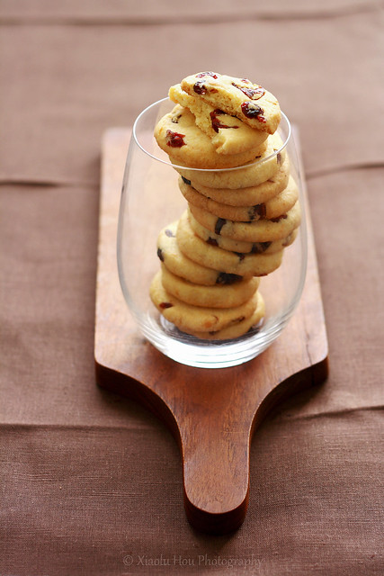 Lemon Polenta Cranberry Cookies