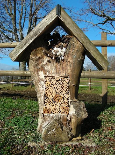 Wildbienenhotel