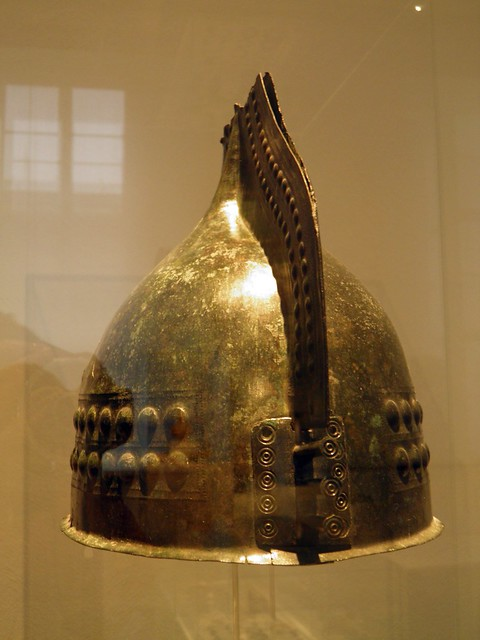 Crested Helmet, Italia Antiqua: Etruscans and Romans (Altes Museum, Berlin)