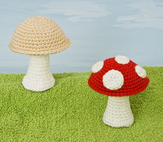Toadstool Amigurumi Pattern | Crochet plant, Crochet mushroom ... | 558x640