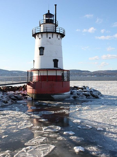 Winter on the Hudson River