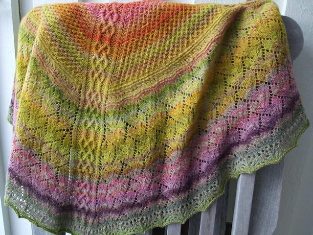 Kysmik Embla shawl, Fujifilm FinePix F60fd