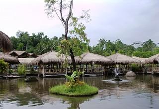 Swimming Restaurant