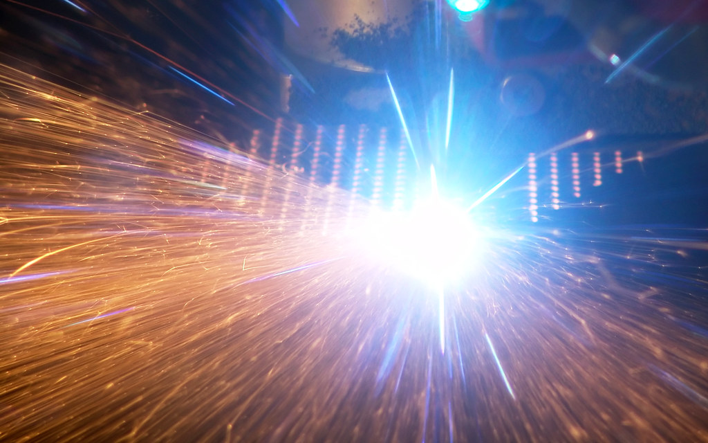 Laser Cutting and its advantages to manufacturing