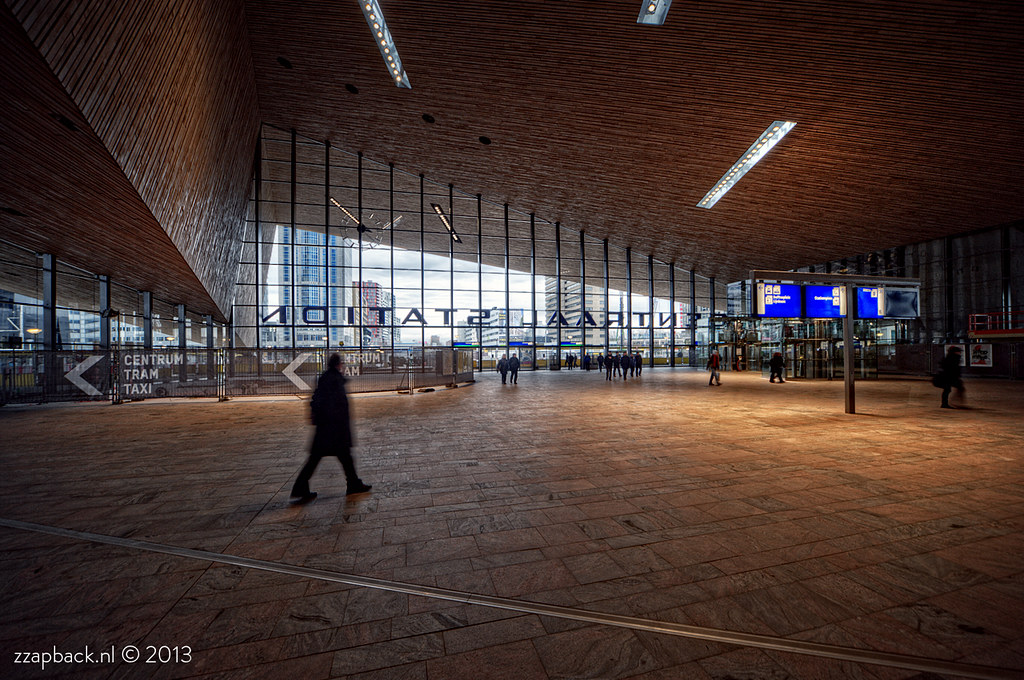 Centraal Station Rotterdam / Getting there!
