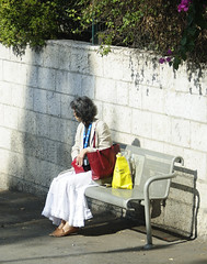 The Humanities of Jerusalem streets-The woman