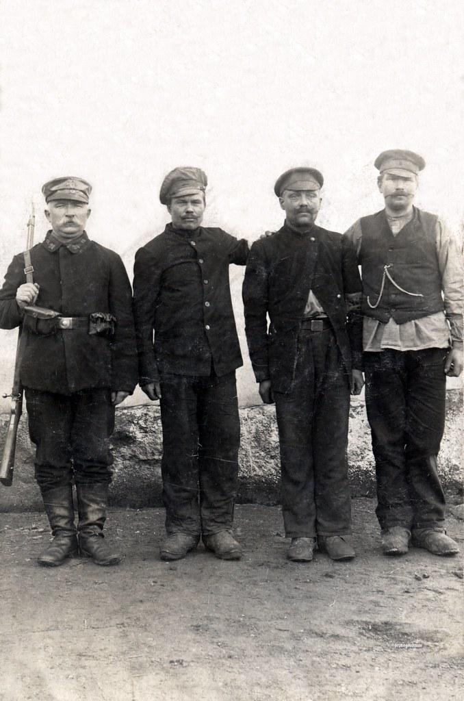Russian Prisoners Of War In Kleinwaabs Schleswig Holstein Flickr