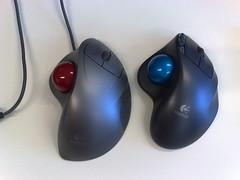 joystick(0.0), computer component(1.0), electronic device(1.0), mouse(1.0),