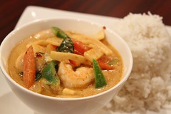 noodle soup(0.0), fish(0.0), stew(1.0), curry(1.0), seafood(1.0), red curry(1.0), produce(1.0), food(1.0), dish(1.0), soup(1.0), cuisine(1.0), gumbo(1.0),
