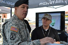Army leadership tours Tech Zone38