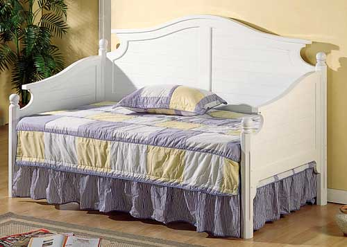 219 day bed in white $319