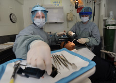 Dental medical, Dental procedure aboard USS Abraham Lincoln