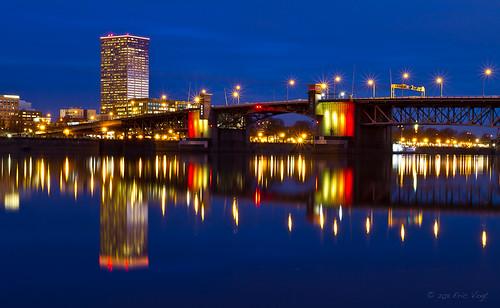 longexposure bridge blue reflection oregon sunrise river portland dawn lights citylights pdx bluehour willametteriver willamette goldenhour morrisonbridge eastbankesplanade portlandbridges locationsandseasons
