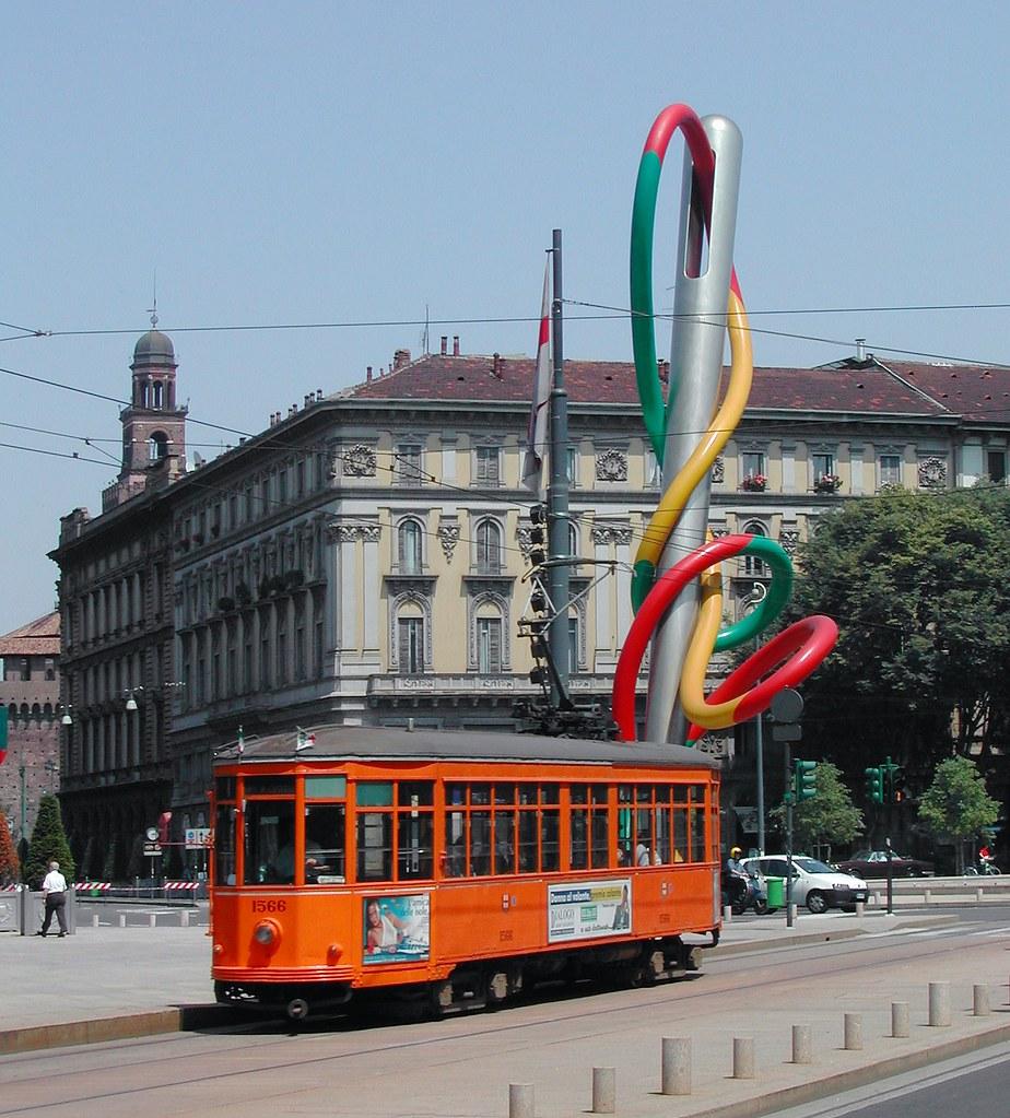Garden La Piazza: Milano – Piazza Cadorna Con Ago E Spago