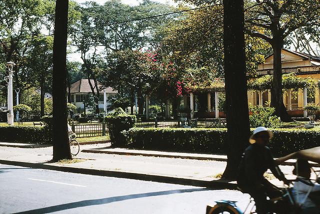 Công viên Vạn Xuân góc Pasteur - Trần Quý Cáp