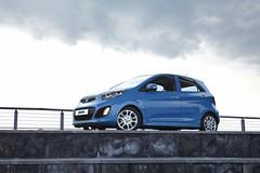 automobile, automotive exterior, wheel, vehicle, subcompact car, honda, city car, compact car, bumper, land vehicle,