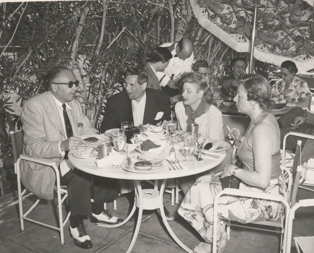 Lucille Ball Desi Arnaz Having Lunch At The Palm Springs