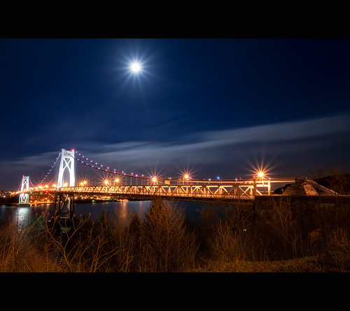 new york bridge light moon ny night stars long exposure gorgeous super flare hudsonriver hudson mid starburst lightburst lightstars moonburst